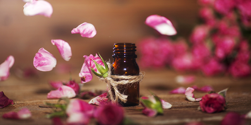 6 Essential Oils For A Flawless Skin